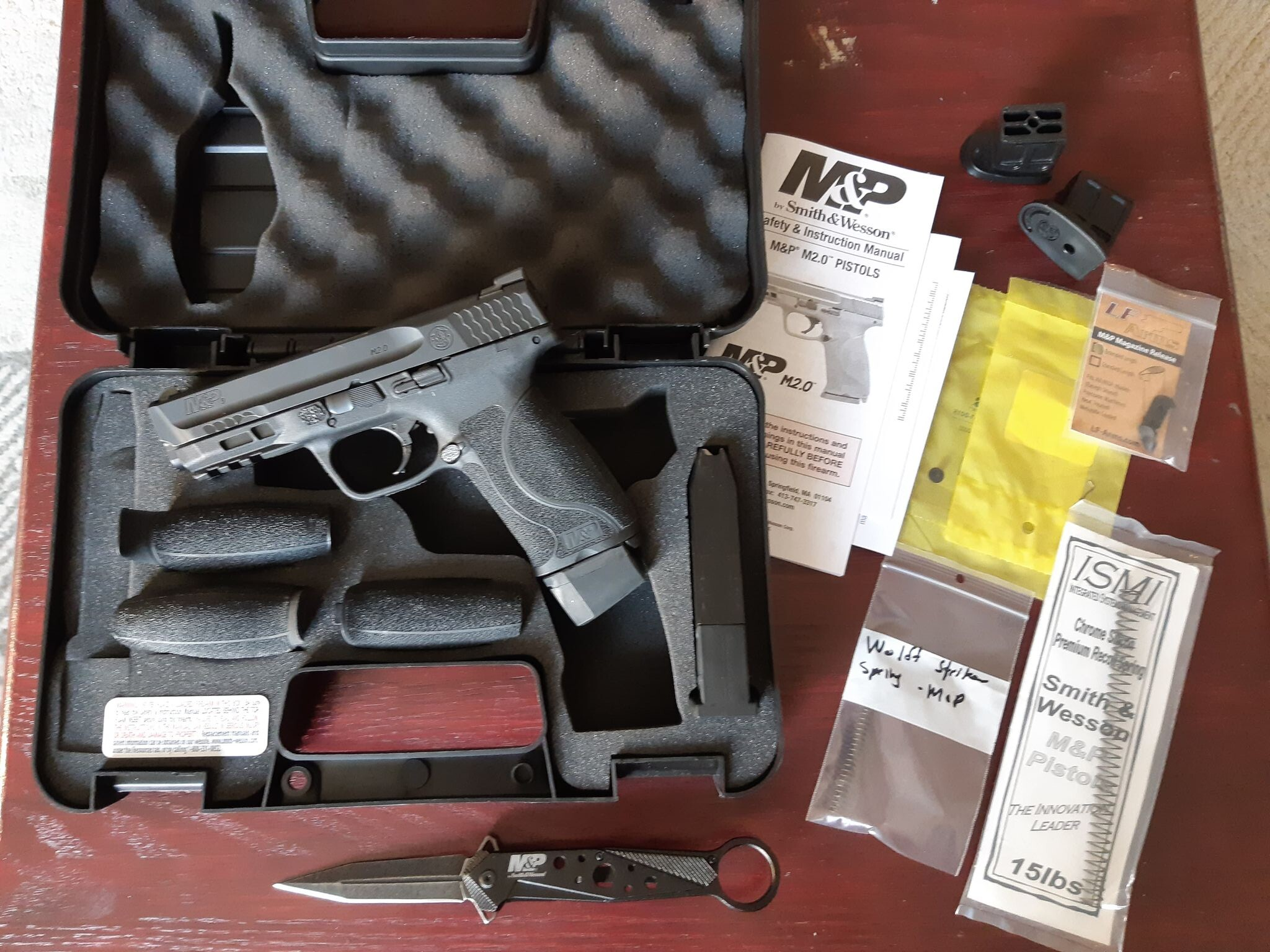 Smith and Wesson MP9 2.0 AgnsTN