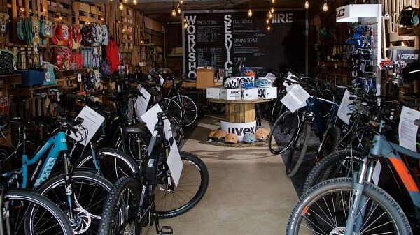 Electric Bike Stores in Bristol & Hatton