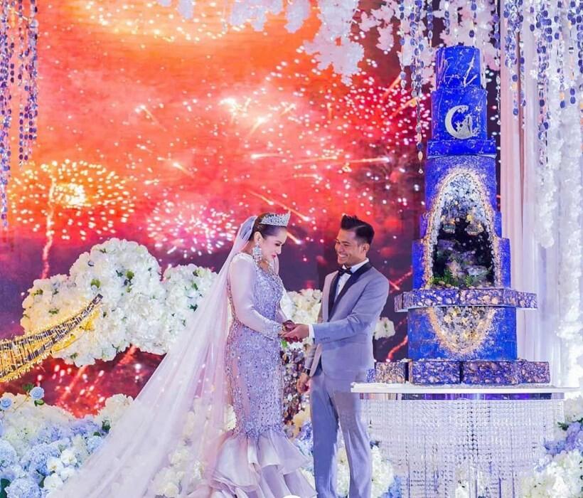 pernikahan guru dan artis