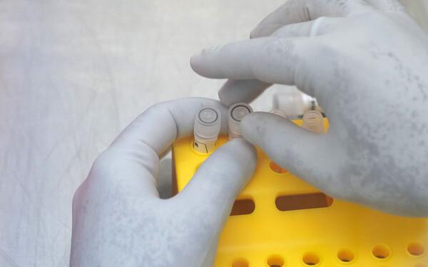 Bloomberg: Hàng loạt tỷ phú và quan chức chính phủ Nga đã được tiêm vắc-xin phòng Covid-19