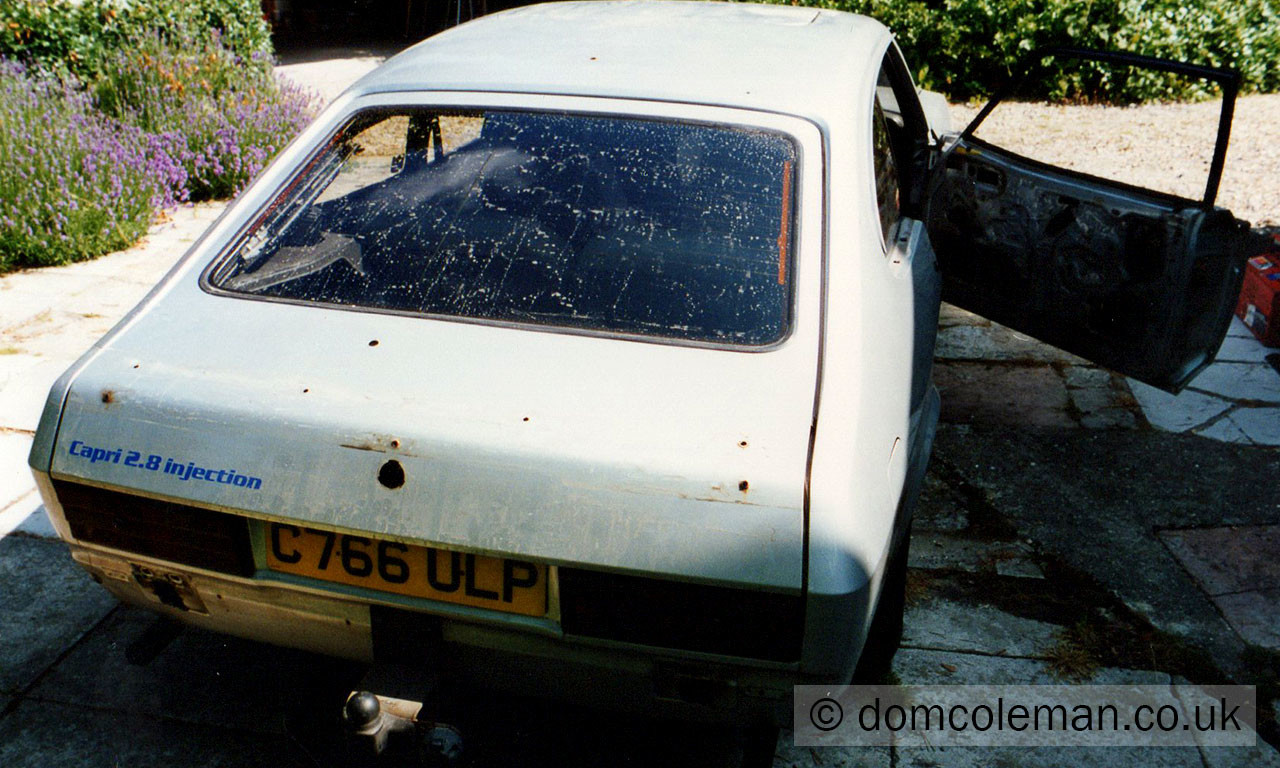 2.8i stripped ready for minor body work and the respray - Jul 1995